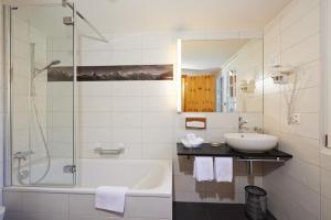 A bathroom at Hotel Welschen