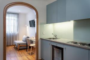 A kitchen or kitchenette at Hotel das Salinas