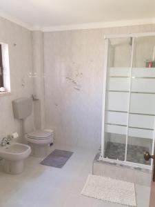 A bathroom at Casa em Palmela - Setúbal