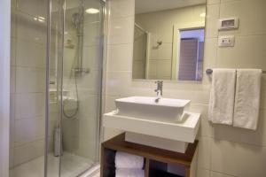 A bathroom at TUI Blue Kalamota Island