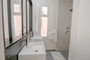 Ein Badezimmer in der Unterkunft Radama Hotel
