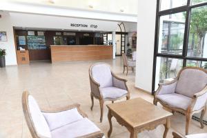 The lobby or reception area at HI - Karei Deshe Hostel