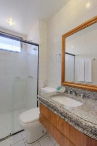 A bathroom at Tulip Inn Fortaleza