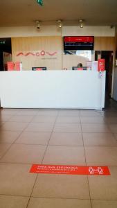 De lobby of receptie bij Moov Hotel Porto Centro