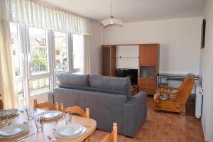 A seating area at Apartamentos VIDA Corcubión