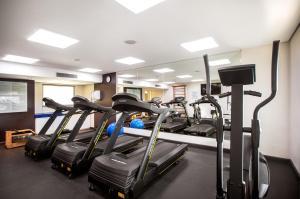 The fitness center and/or fitness facilities at Tryp São Paulo Nações Unidas Hotel