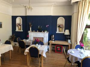 A restaurant or other place to eat at Beldon House