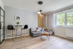 A seating area at Niron Apartament Piekarska