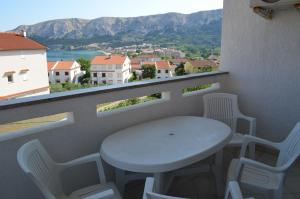 A balcony or terrace at Apartments Leticia
