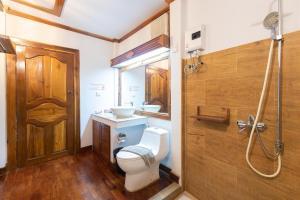 A bathroom at Phi Phi The Beach Resort- SHA Certified