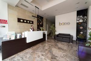 Лобби или стойка регистрации в Bass Boutique Hotel