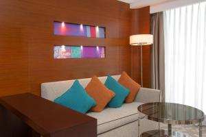 A seating area at Crowne Plaza Macau, an IHG Hotel