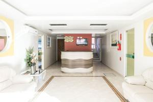 The lobby or reception area at Bombinhas Praia Apart Hotel - unidade rua Bem Te Vi