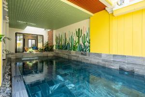 The swimming pool at or near Lami Villa Hoian 2