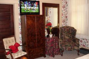 A seating area at The Lattice Inn