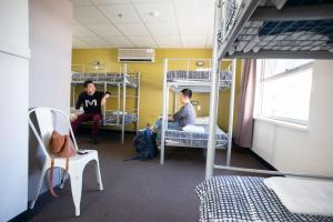 The fitness center and/or fitness facilities at Adelaide Central YHA