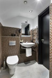 A bathroom at Tim Club Hotel