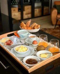 Breakfast options available to guests at La Maison Odeia Bordeaux Centre