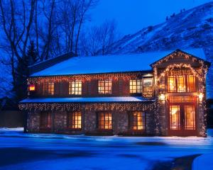 Inn on The Creek during the winter