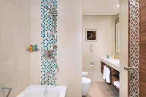 Koupelna v ubytování Hilton Garden Inn Dubai Al Mina - Jumeirah