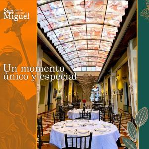 A restaurant or other place to eat at Hotel Colonial San Miguel