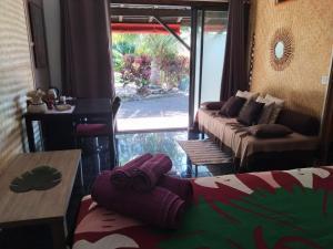 Uma área de estar em Fare D'hôtes Tutehau