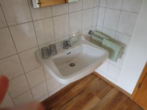 A bathroom at Hotel Waldterrasse