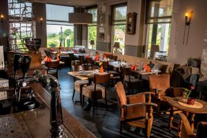 A restaurant or other place to eat at Hotel Bergrust