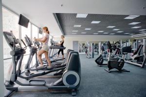 Фитнес-центр и/или тренажеры в Гринн Отель и Спа