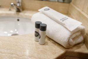 A bathroom at Oca Puerta del Camino Hotel