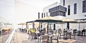 A restaurant or other place to eat at Bei Boutique Hotel