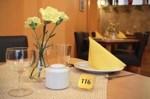 Restauracja lub miejsce do jedzenia w obiekcie Pensjonat Beata