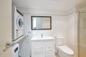 A bathroom at Beaches Twelve
