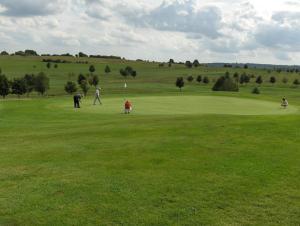 Golfeinrichtungen im Resort oder in der Nähe