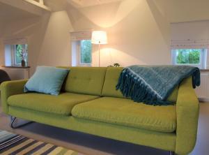 A seating area at Villa de Hazelaar