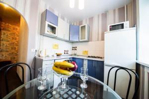 Кухня или мини-кухня в 2-х комнатная квартира на Набережной