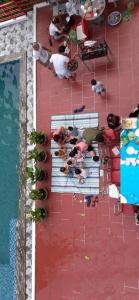 A view of the pool at Anh Dao Hotel or nearby
