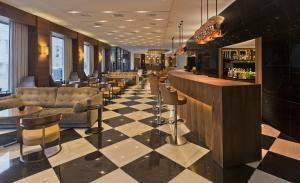 The lounge or bar area at Aquila Atlantis Hotel