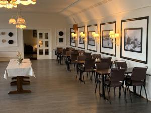 En restaurant eller et spisested på Saltfjellet Hotell