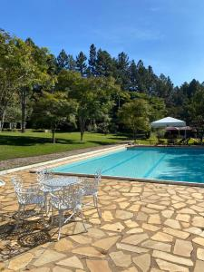 A piscina localizada em Park Hotel Mantiqueira ou nos arredores