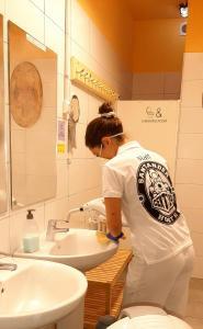 A bathroom at Santander Central Hostel