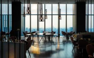 A restaurant or other place to eat at W Taipei