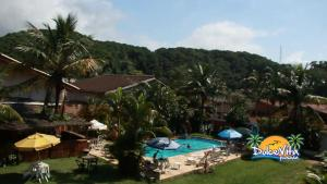 A view of the pool at Pousada Dolce Vita or nearby