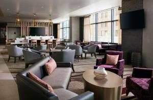 A restaurant or other place to eat at Residence Inn by Marriott Phoenix Downtown