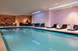 The swimming pool at or near Residence Inn by Marriott Phoenix Downtown