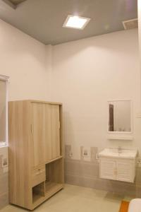 A bathroom at Homestay cantho river