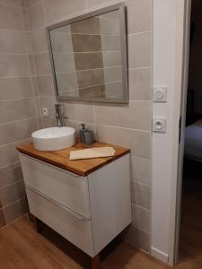 A bathroom at La Villa Claudia