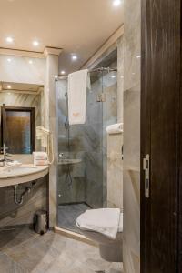 A bathroom at Budapest Hotel