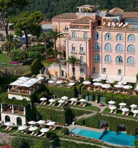 A view of the pool at Palazzo Avino or nearby