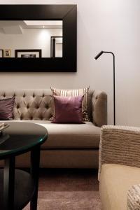 """Ein Sitzbereich in der Unterkunft SAXX Apartments """"Goldberg Karree"""""""